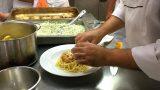 מנה שבישלו תלמידי התיכון הקולינרי רימונים  מטבח  אסייתי